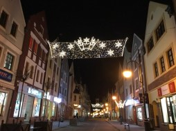 świąteczne iluminacje na starym mieście