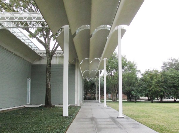 In -town Menil Collection
