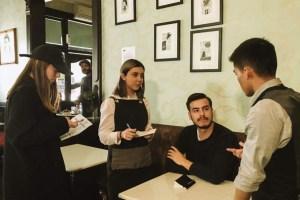 """Juan Hernández, egresado de la UAEMex, en entrevista sobre su largometraje """"La curva de tus labios"""""""
