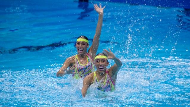 Avanzan Nuria y Joana a la final de Natación Artística