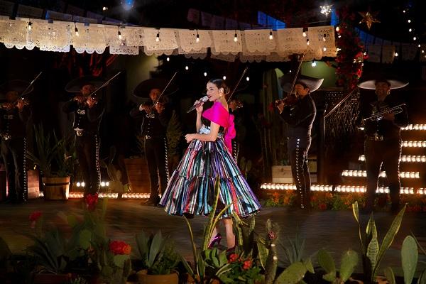 Natalia Jiménez graba su disco en León y Jalpa de Cánovas
