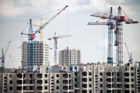 Przybywa mieszkań, a kredyty coraz tańsze