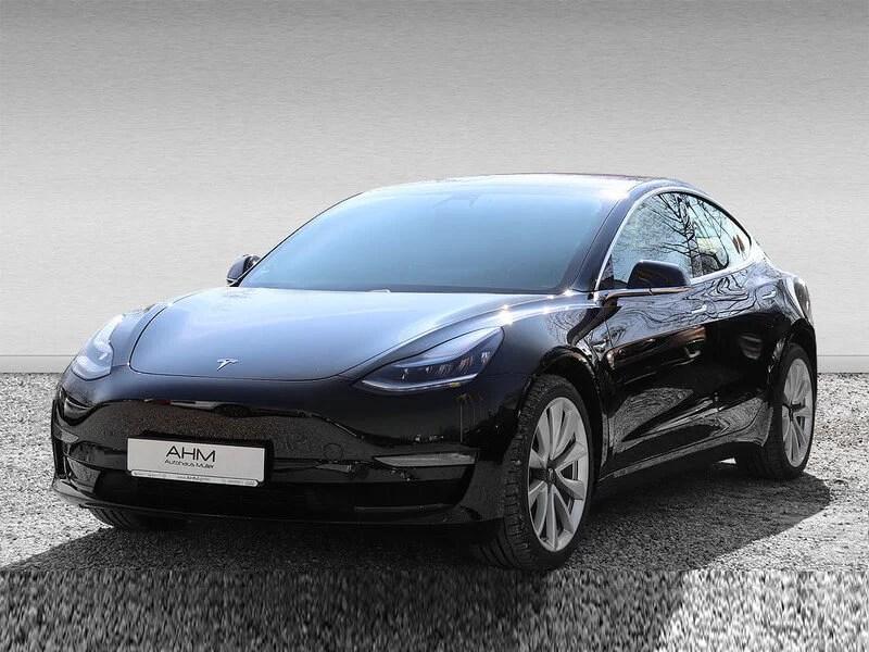 Tesla Model 3 mieten in Freising schwarz vorne