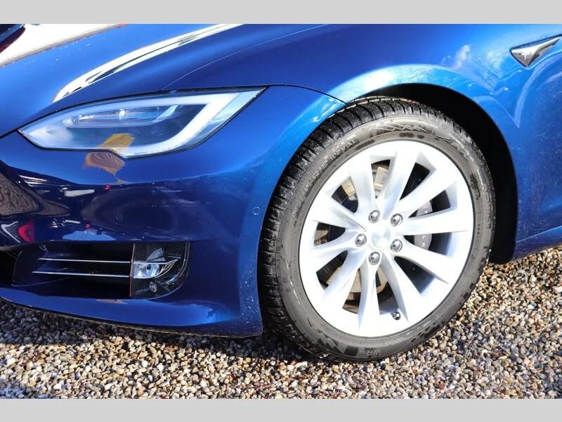 Tesla Model S mieten in Freising detail