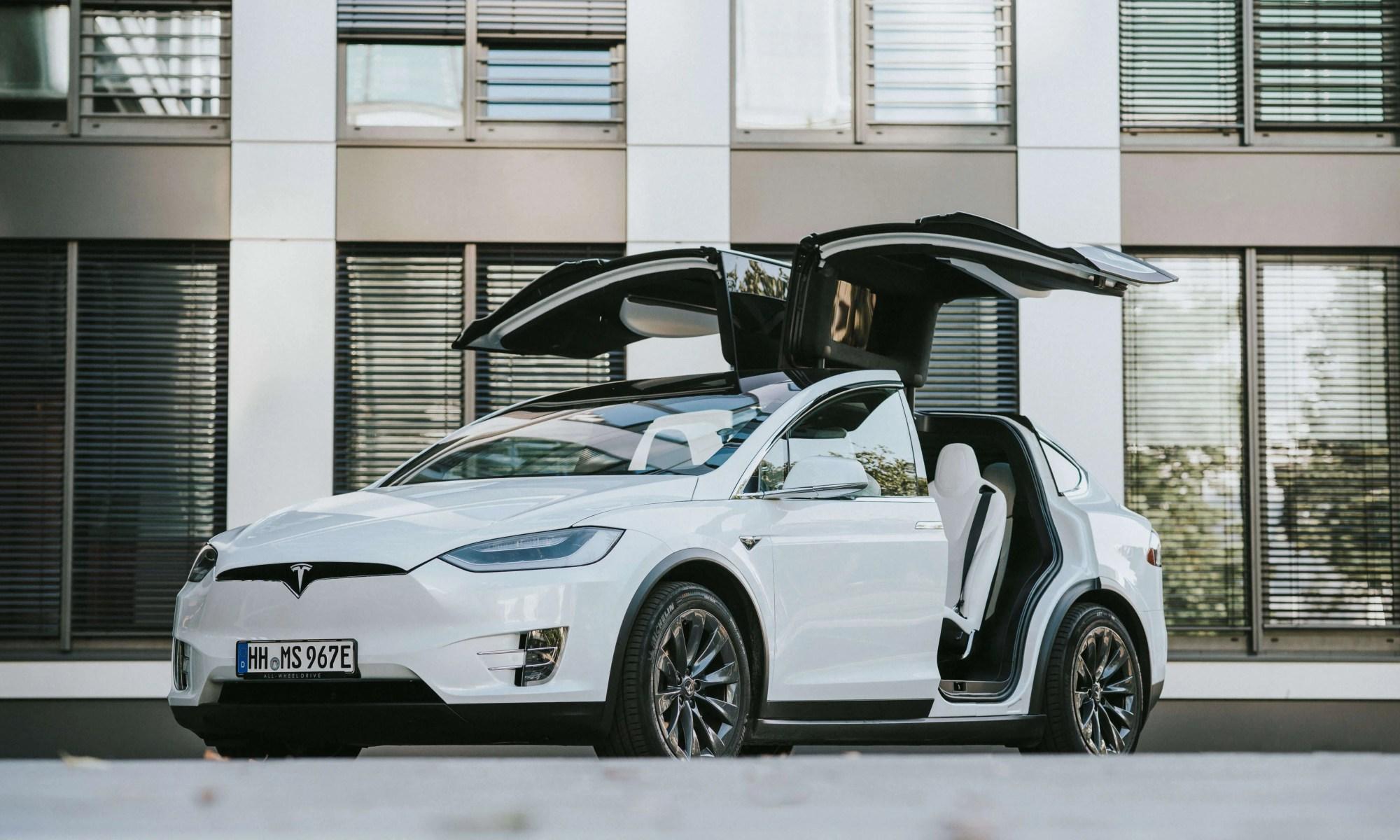 Tesla Model X mieten Hamburg
