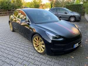 Tesla Model 3 mieten Frankfurt