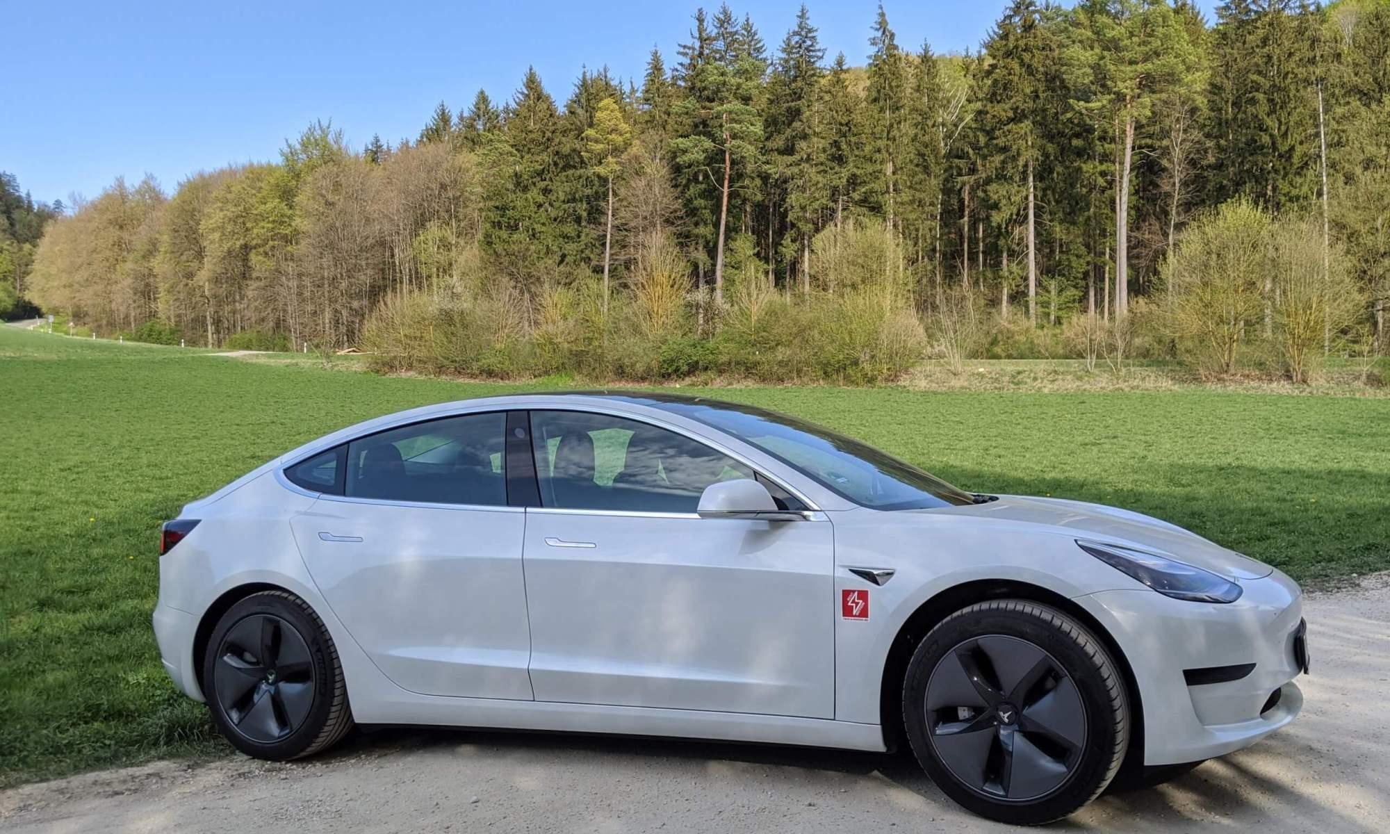 Tesla model 3 mieten ulm