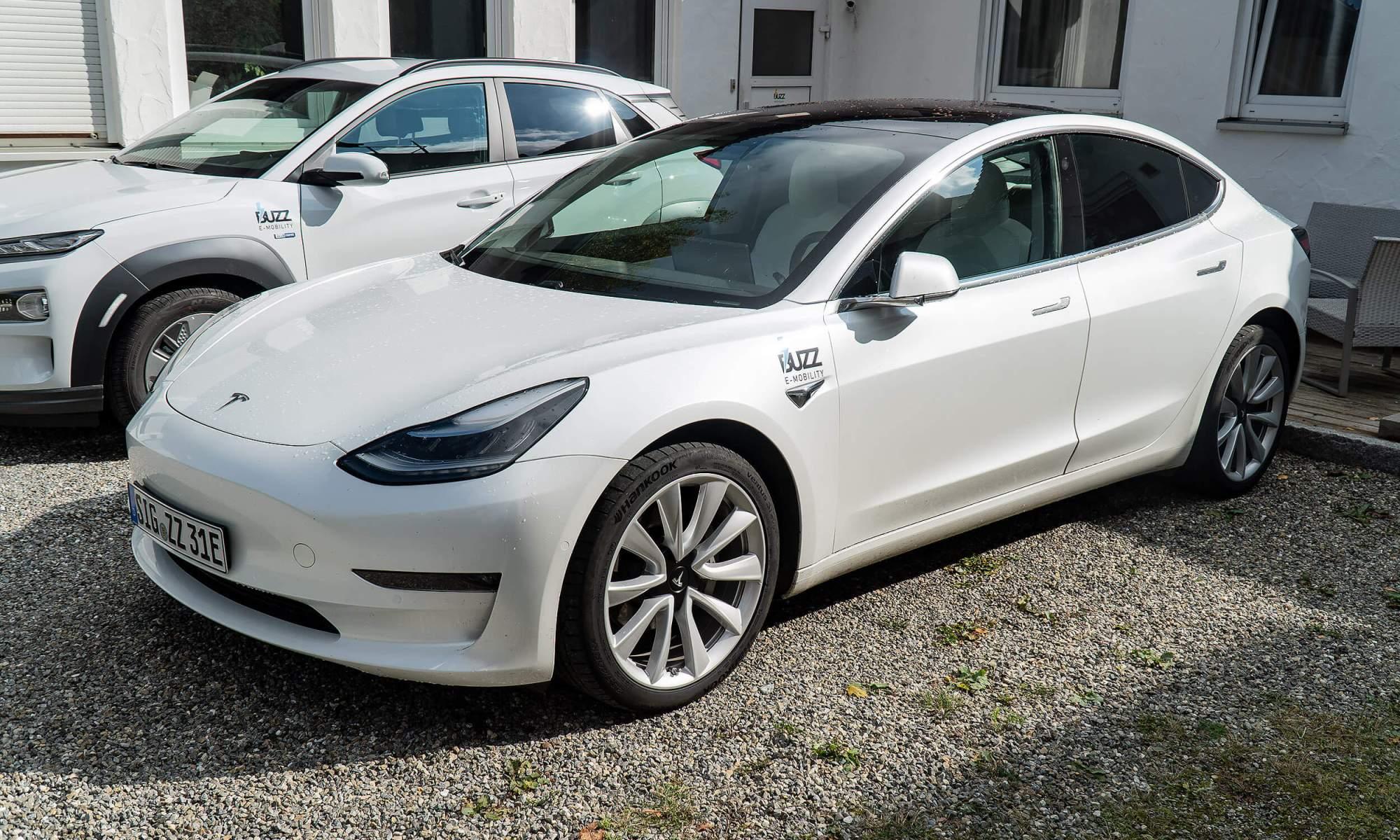 Tesla model 3 mieten bad solgau