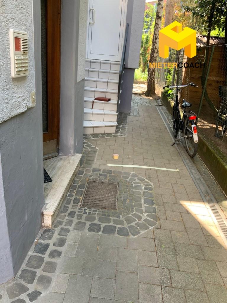 Immobilienmakler Wohnungsbesichtigung Sicherheitsabstand