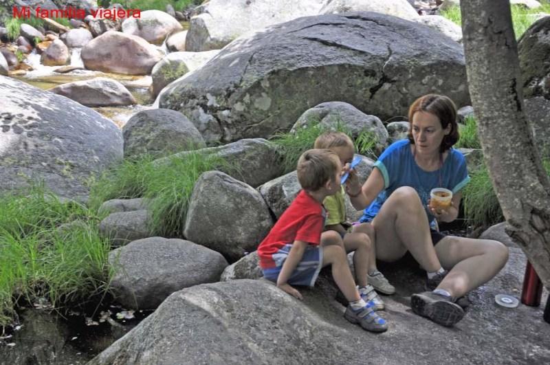 Cómo alimentarnos en excursiones con niños