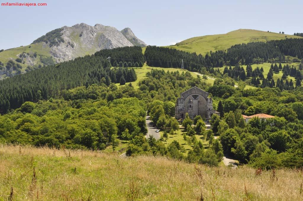 Santuario de Urkiola, Parque Natural de Urkiola