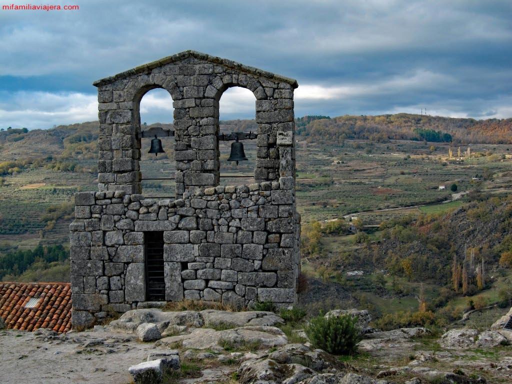 Torre-espadaña