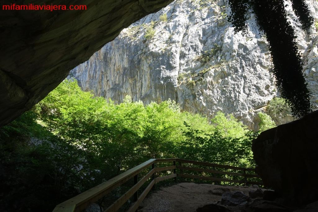 Cueva Huerta, Teverga