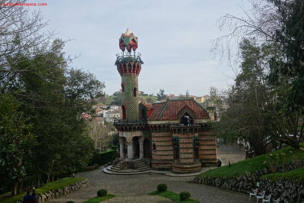 Capricho de Gaudí, Comillas