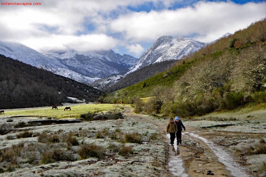 Valle de Mirva con Mampodre de fondo