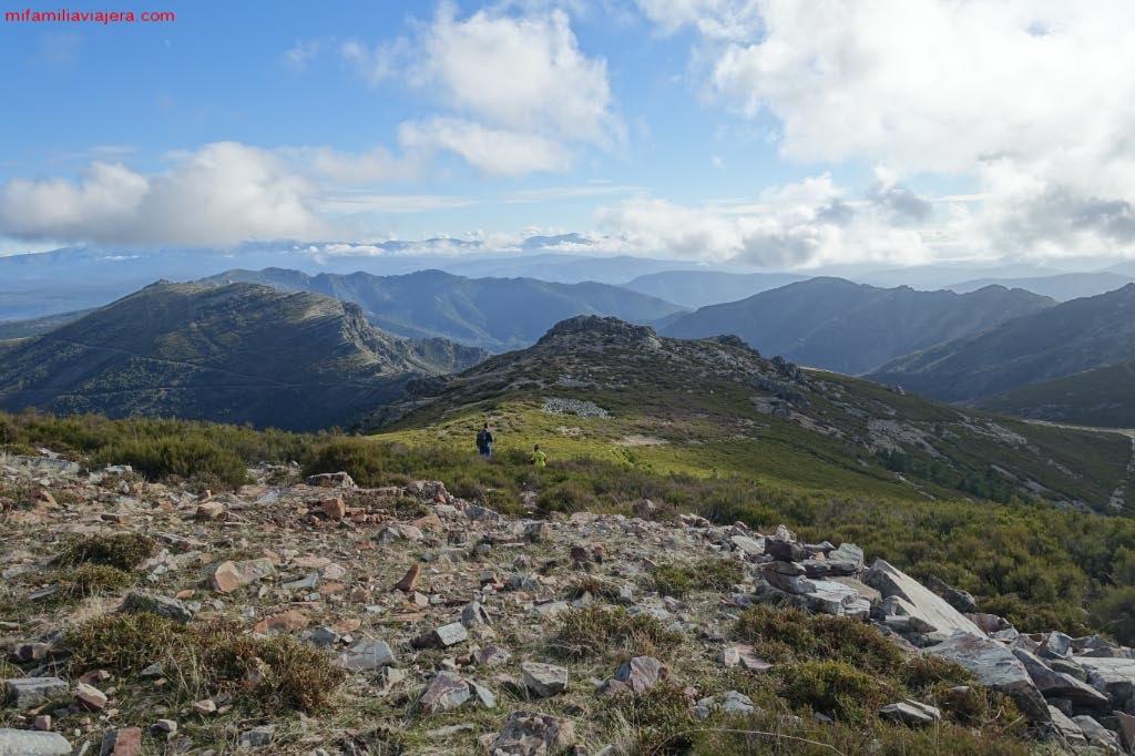 Senda hacia el Valle de Las Batuecas