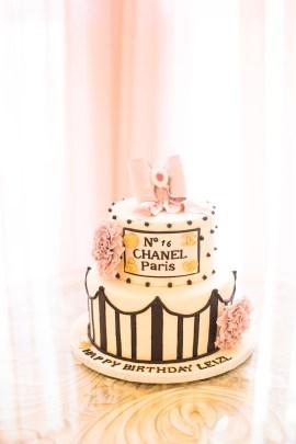 elegant-chanel-inspired-birthday-party-via-karas-party-ideas-karaspartyideas-com9_