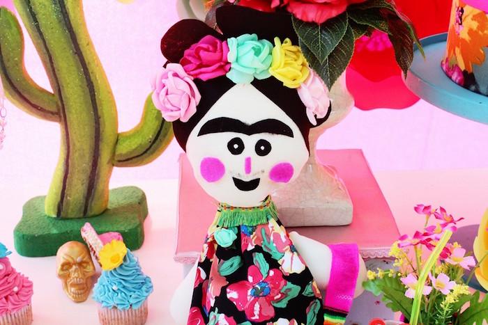 frida-kahlo-day-of-the-dead-inspired-fiesta-via-karas-party-ideas-karaspartyideas-com18