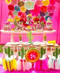 frida-kahlo-day-of-the-dead-inspired-fiesta-via-karas-party-ideas-karaspartyideas-com19