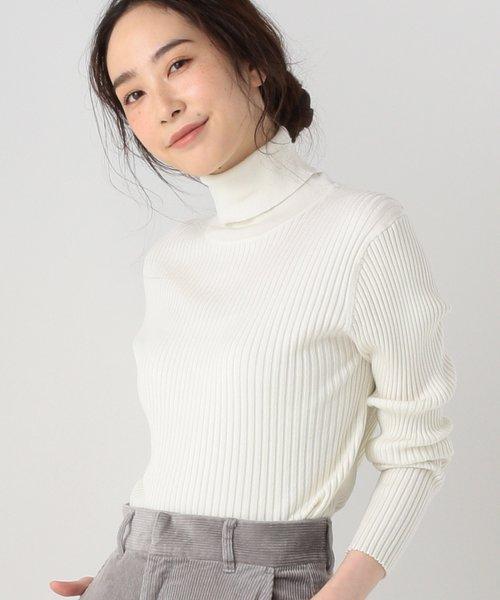 肩幅 広い 女性 ファッション 気をつけること 5選