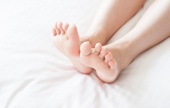 足首 細く する 歩き方 日常 トレーニング