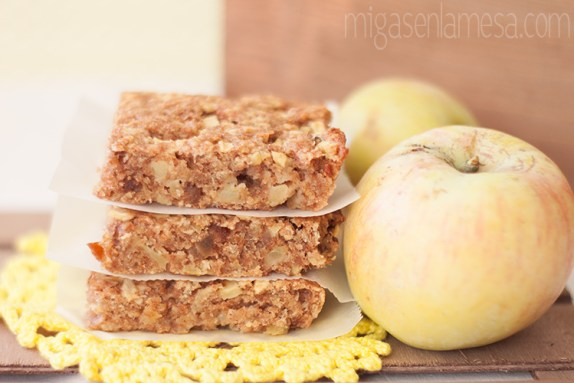 Cuadraditos de manzana y dátiles