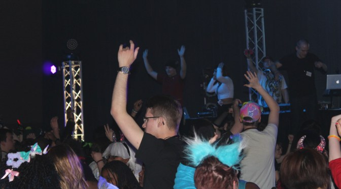 Shuto Con 2015 Rave