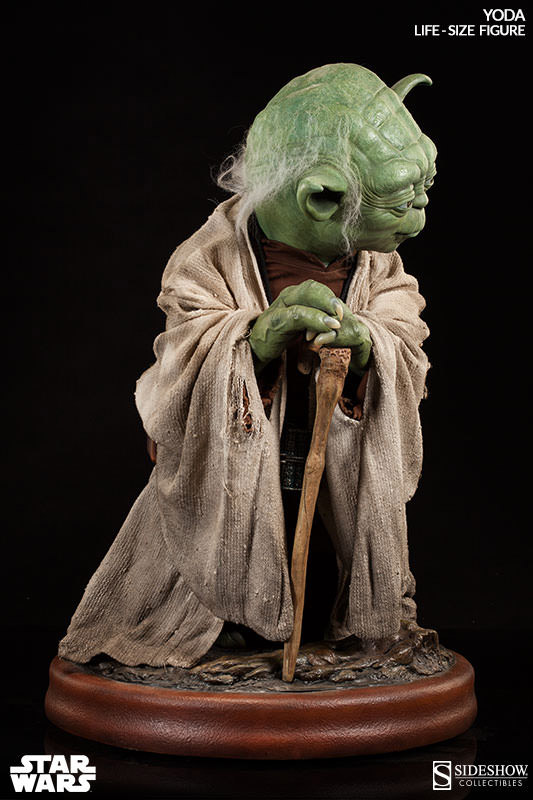 Star Wars Yoda Life Size Collectible Figure MightyMega