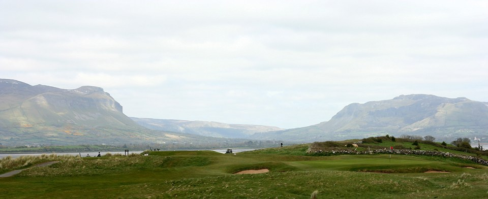 The views are stunning from Co Sligo Golf Club with breath taking sceneries from the ocean to the mountains.