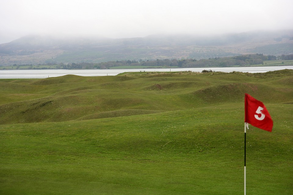 Strandhill is located just outside Sligo, but is not featured in any of the leading golf guide books. It should; it's tryly a hidden gem.