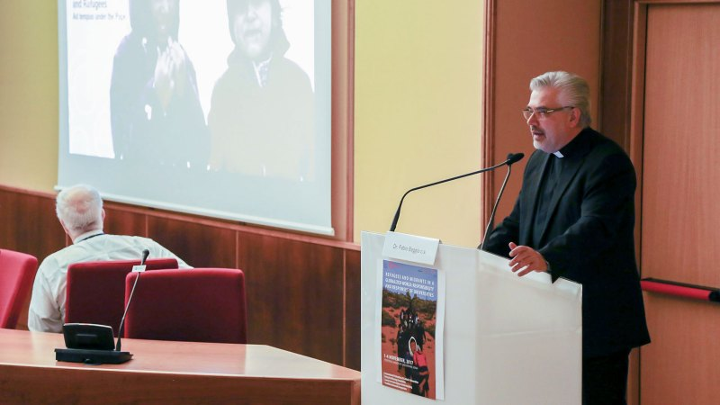 Refugees and Vulnerable Migrants. The Role of Catholic Universities