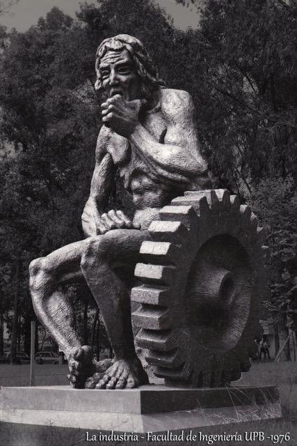 Escultura «La Industria»