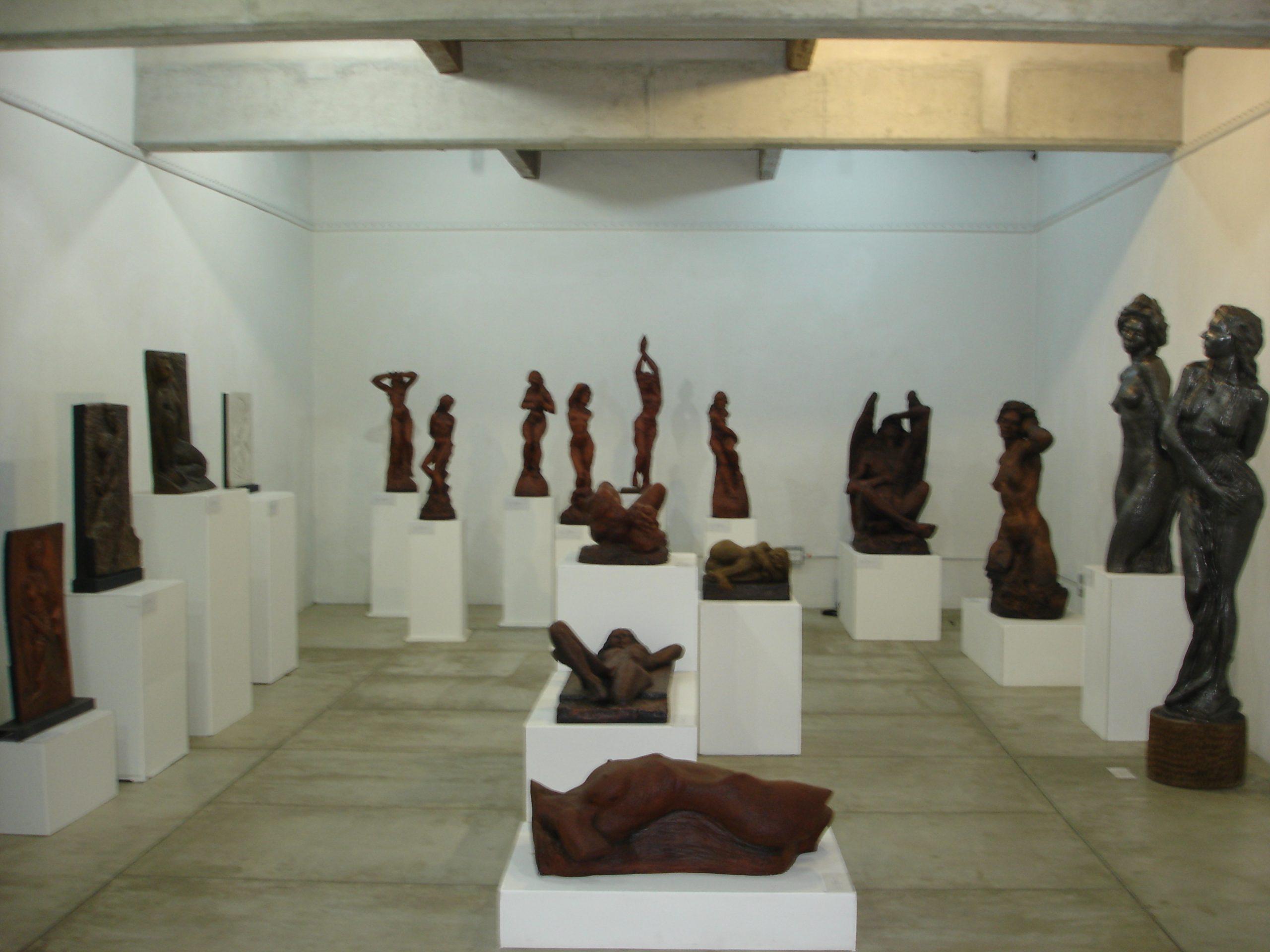 Historia Artistica Miguel Ángel Betancur T. Escultor 31