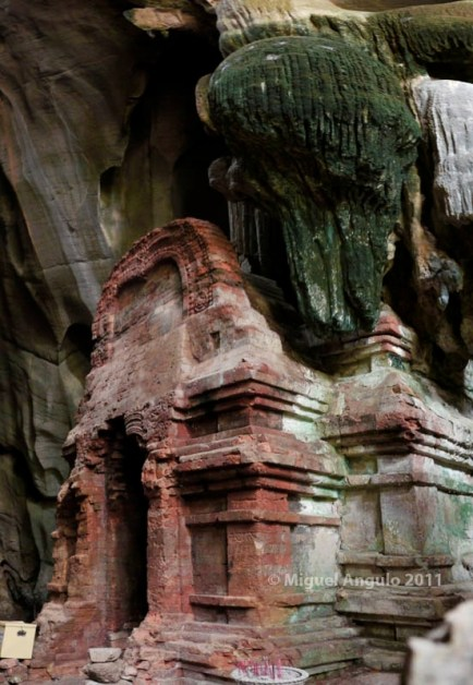 Grotte de Phnom Chnogk (Kampot-Cambodge)