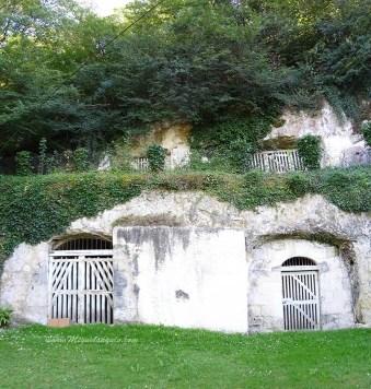 Habitat troglodyte (La Chartre sur le Loir)