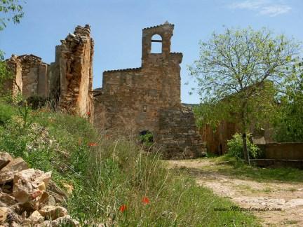 Eglise du village abandonné de Finestres