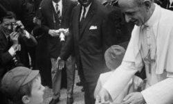 Pablo VI y nino