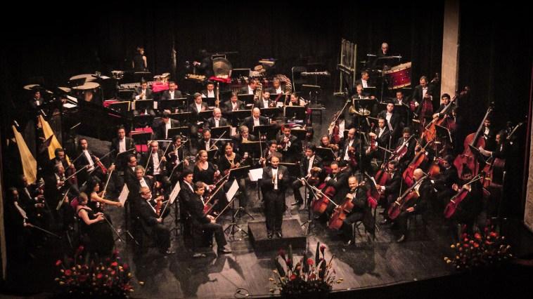 2013, Michoacan Symphony Orchestra. Teatro Ocampo, Morelia, Mich. Mexico. Photo, Ramon Merino