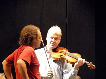 2014, Trier Philharmonic Orchestra, Germany. At rehearsal with Felix Schwartz, viola. On Pantaleons viola concerto