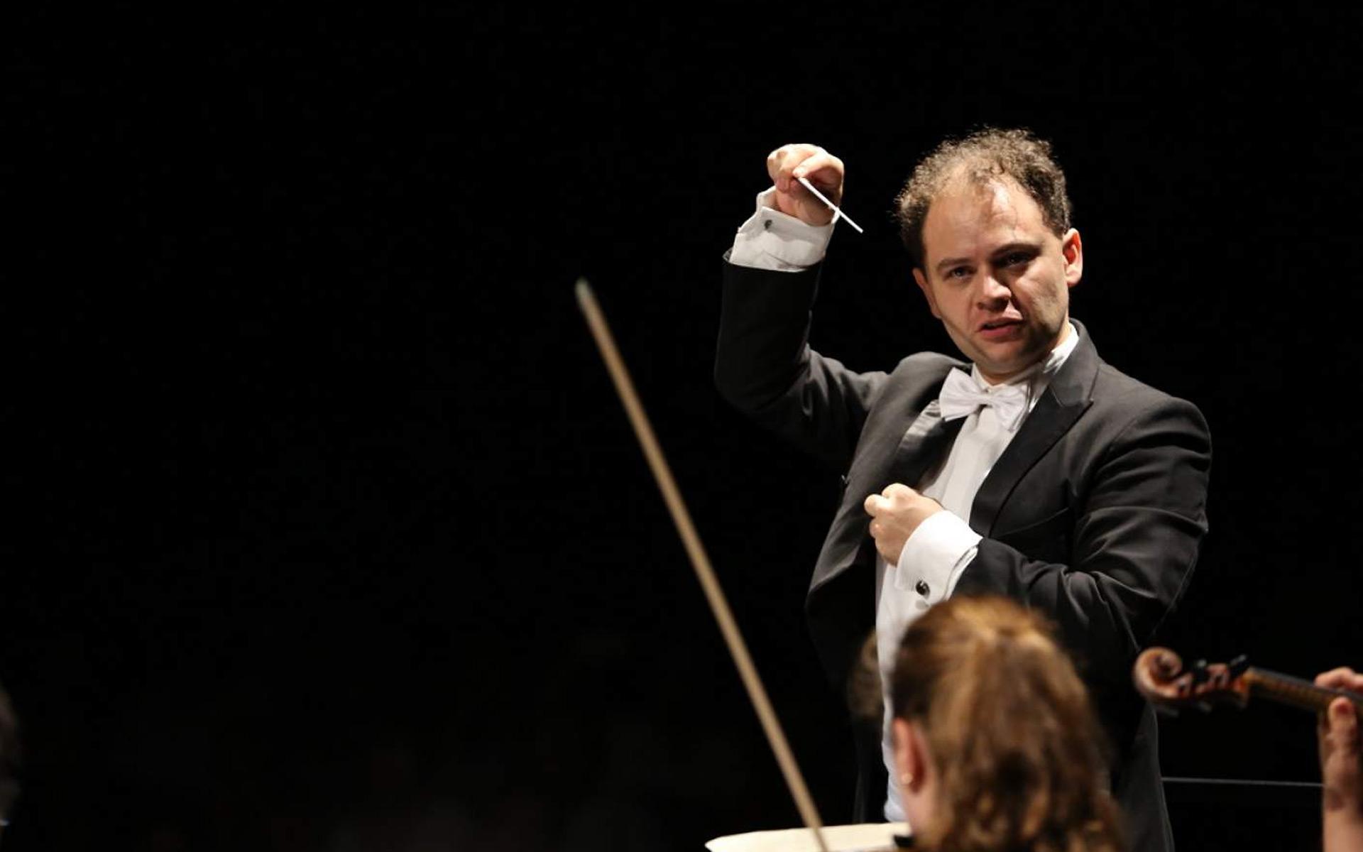La música clásica sí llena teatros: Miguel del Real