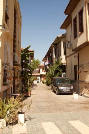 35-antalya-strada-in-orasul-vechi