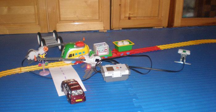 Lego Mindstorms Robotics Project: Junction