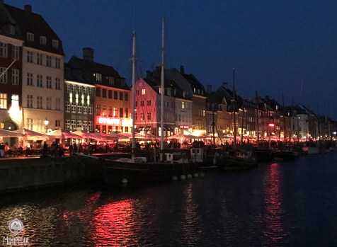 Nyhaven at Night