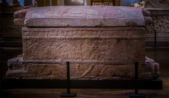tumba rey ahiram