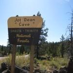 【シャスタのお勧めスポット】 秘境の洞窟 Jot Dean Cave(Medicine Lakeの帰り道)