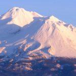 【陰と陽】【光と闇】【シャスタとシャスティーナ】統合のシャスタ山(シャスタ山からのエネルギーをお届けします)