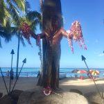 ハワイ・カウアイ島で頂いたレイの行方は?白と黄緑のレイはペア?想いを託してハワイありがとう!