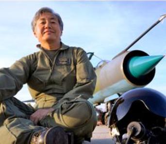 徳永克彦(航空写真家)の戦闘機の写真がかっこいい!経歴や年収、家族は?【情熱大陸】