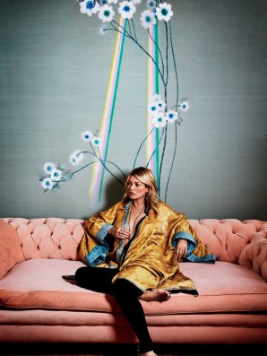 Kate Moss&Anemone in light @AD
