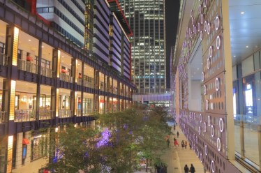 ショッピングモールの「モール」は英語の【mall:散歩道】